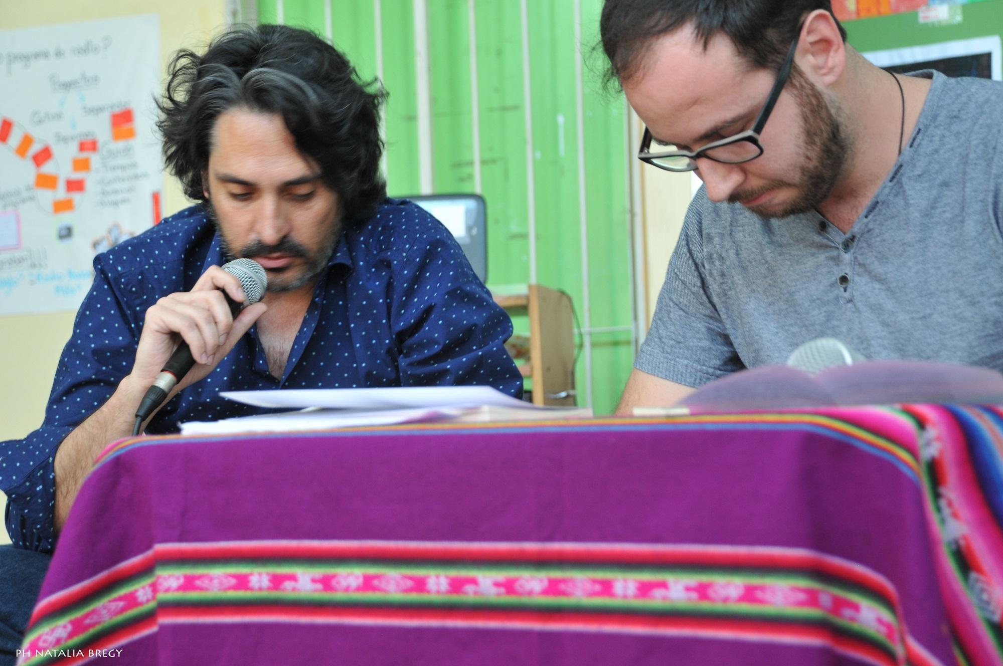 Poesía a mano alzadaLeandro Murciego y Martín Gordillo en APALABRARTE -  Poesía a mano alzada fc1518b8f44