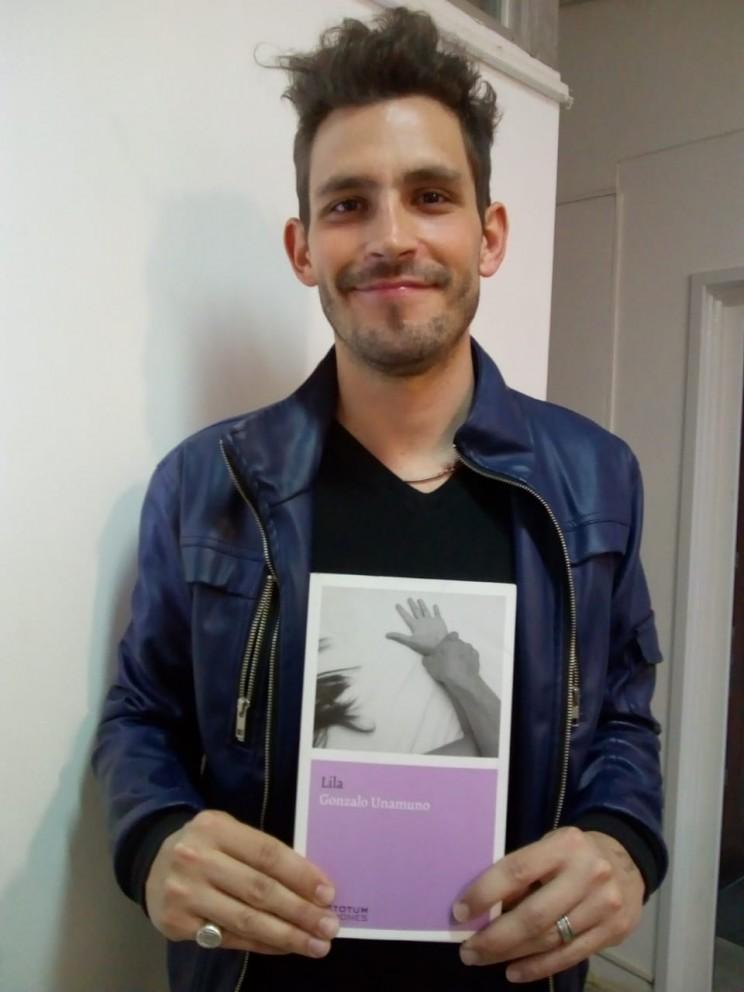 Poesía a mano alzadaEn radios Archives - Poesía a mano alzada 64d1e0237e6