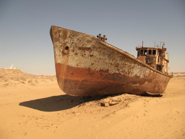 rp_barco-oxidado-desierto-moynaq-3-g.jpg